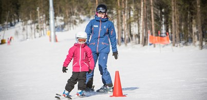 EASTER FAMILY SKI HOLIDAY IN LEVI FINLAND 2021
